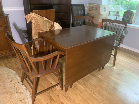 Gorgeous Willett Drop Leaf Table with Extra Leaf & 3 Chairs - Cherry Wood