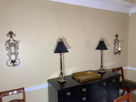 Lamps, wall sconces, tray lot