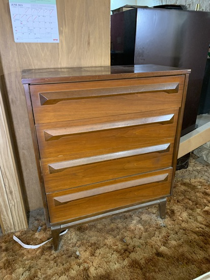 Mid-Century Modern Style Chest of Drawers