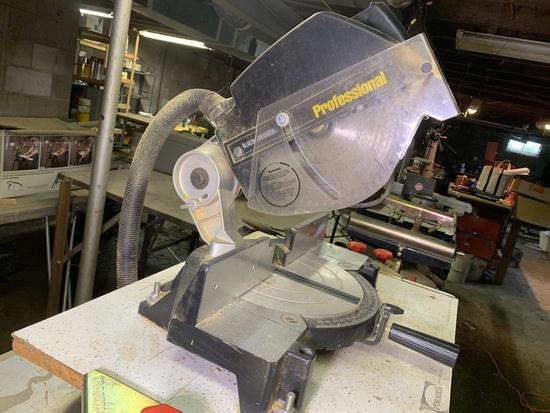 Black & Decker Professional 10 inch Miter Saw Model 1703-1