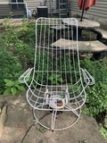 Home Crest Style Wire Chair