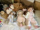 Group of Dolls & Stuffed Animals