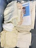 Linens & Table Cloths