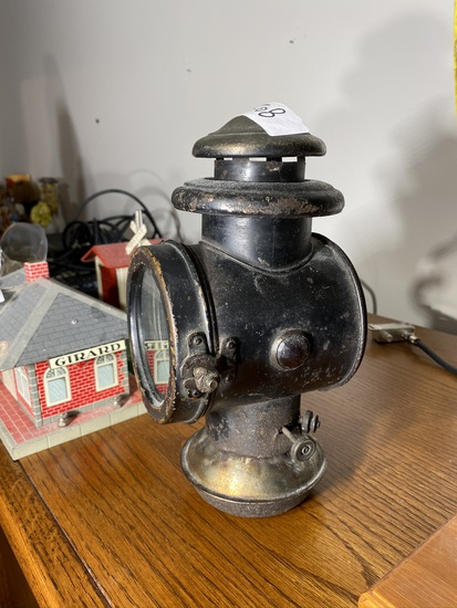 Antique automobile or carriage lantern