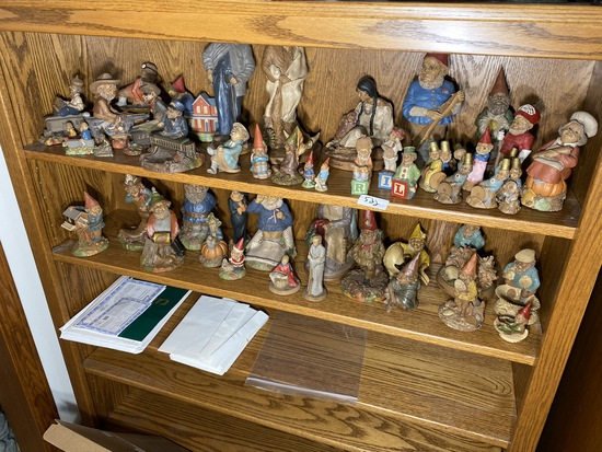 Very large lot of Cairn Studio gnome figurines