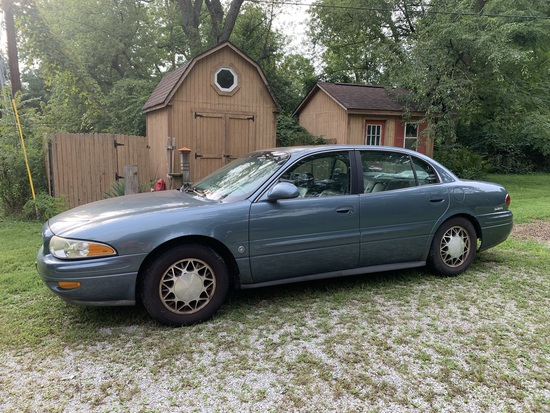 2002 Buick LeSabre Limited with Leather Interior 3800 Series II Motor. 125,178 Miles.  See Photos