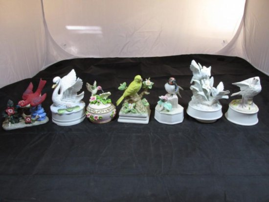 Group lot of 7 Bird Themed Music boxes