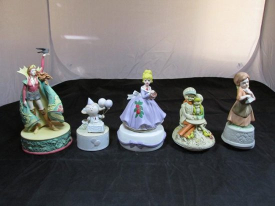 Group lot of 5 Vintage Music boxes
