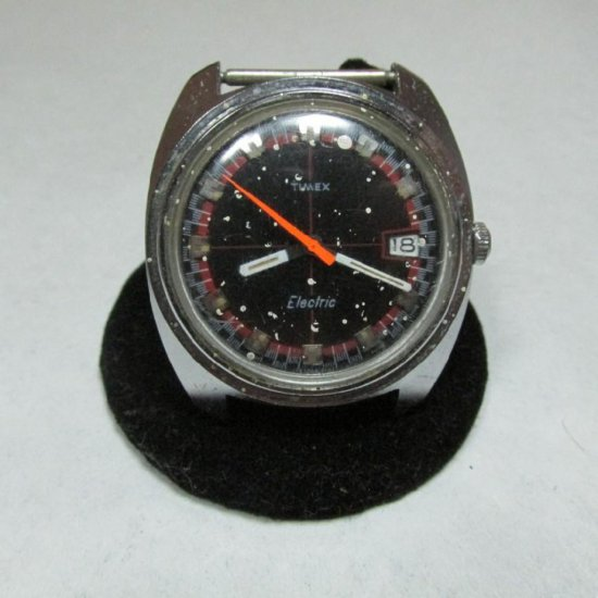 Timex Electric Watch W/date - Vintage