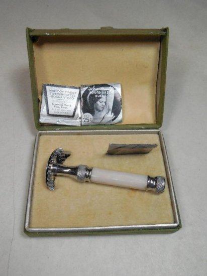 Unusual Shermach Round Safety Razor W/blades In Box