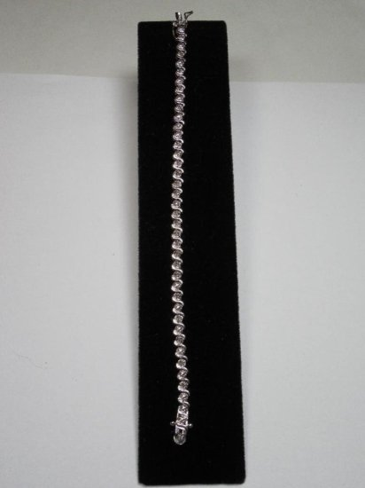 Nice Sterling Silver And Diamond Tennis Bracelet