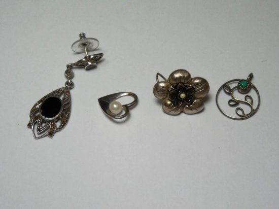 Group Lot Of 4 Sterling Silver Jewelry Pieces
