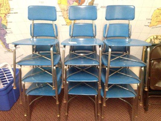 Group Of 12 Vintage Heywood Wakefield School Chairs