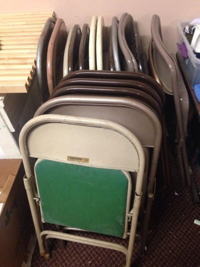 Group Lot Of 19 Assorted Folding Chairs