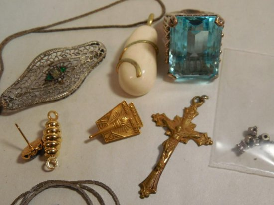 Group Lot Of Nice Vintage Jewelry Inc. Ring W/blue Stone