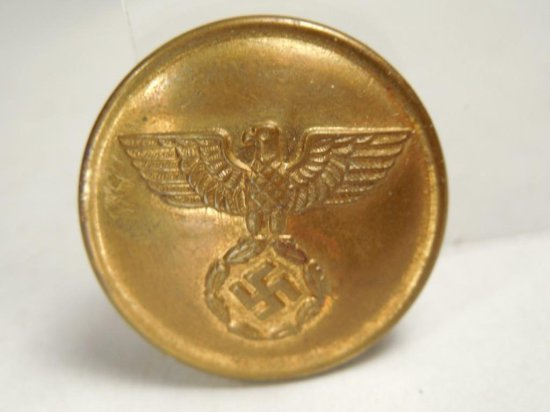 Wwii German Nazi German Eagle Swastika Button
