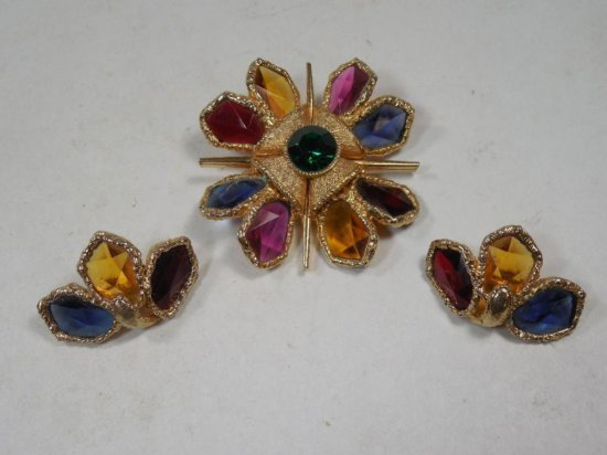 Signed Capri Costume Jewelry Brooch And Earrings Set