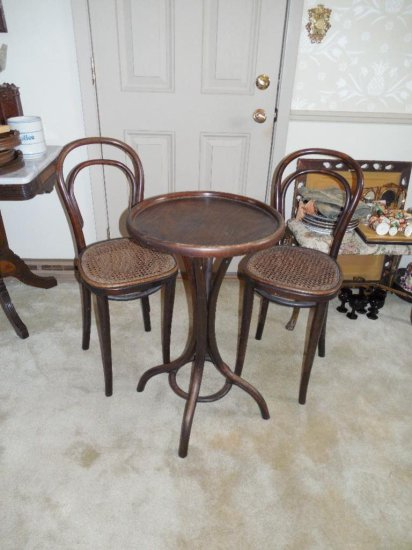 Rare Antique Thonet Vienna Ice Cream Table And Chairs Set