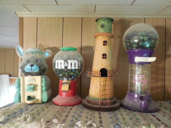 Lighthouse Plus 3 Gumball Machines Filled W/marbles