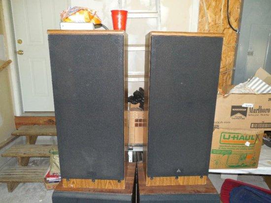 Pair of Vintage Mitsubishi Speakers