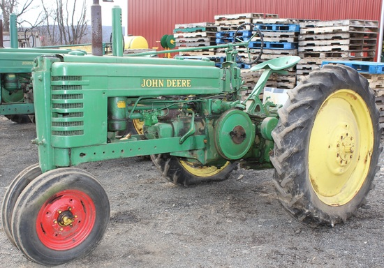 1946 JD B tractor, Serial No. 180034