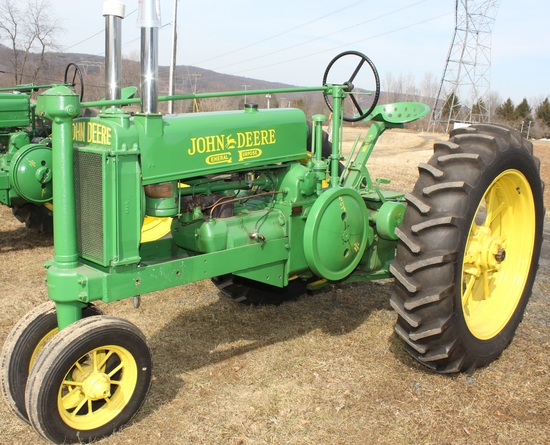 1935 JD A tractor, unstyled, new paint, Serial No. 415571