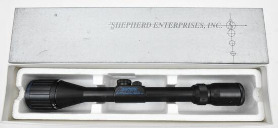 Used Shepherd Enterprises 3-10x40 P2 rifle scope with dual Reticles in original box