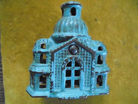 VINTAGE CAST IRON BUILDING &qu    Auctions Online | Proxibid