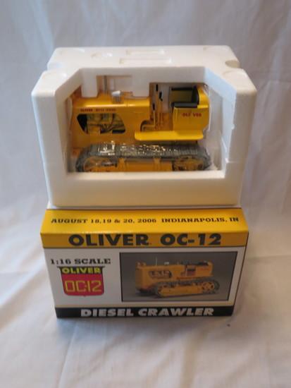 OLIVER OC-12 DIESEL CRAWLER - 1:16 SCALE
