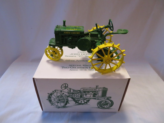 """JOHN DEERE """"P"""" SERIES TRACTOR - TWO CYLINDER EXPO TRACTOR"""