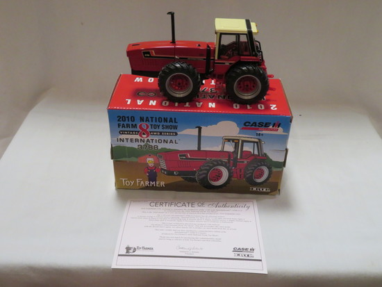 INTERNATIONAL 3788 -- NATIONAL FARM TOY SHOW TRACTOR