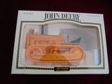 JOHN DEERE TOY 430 INDUSTRIAL MODEL CRAWLER IN ORIGINAL BOX