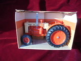 NEW IN BOX CASE 600 TRACTOR MADE BY ERTL