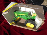NEW OLD STOCK IN BOX JOHN DEERE COLLECTOR'S EDITION MODEL 720 HI-CROP TOY TRACTOR-WIDE FRONT END