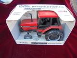IN BOX TOY CASE INTERNATIONAL MAXXUM ROW CROP TRACTOR CLEAN