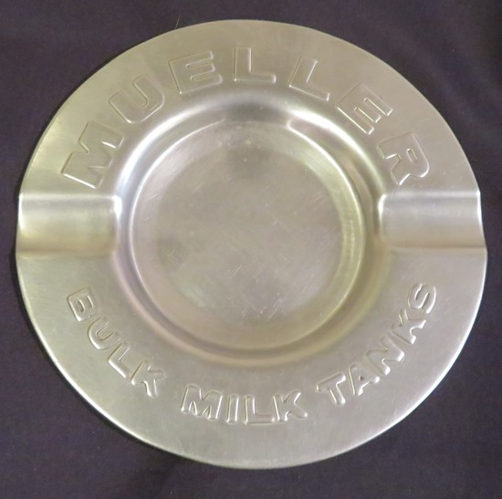 MUELLER BULK MILK TANKS - ADVERTISING TRAY
