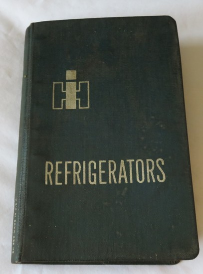 INTERNATIONAL HARVESTER REFRIGERATORS & FREEZERS SALESMAN'S BOOK