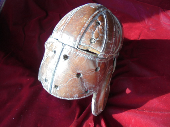 """EARLY LEATHER FOOTBALL HELMET """"KNUT ROCKNE"""" LOWE & CAMPBELL CO. EXCELLENT SOFT LEATHER"""