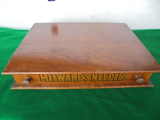 """OLD OAK SINGLE DRAWER NEEDLE DISPLAY FROM GENERAL STORE """"MILWARD'S NEEDLES""""-QUITE NICE"""