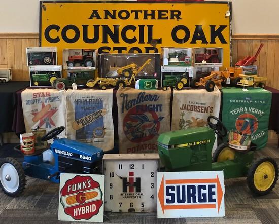 FARM TOYS & ADVERTISING - 2021 KICK OFF AUCTION