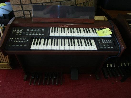 Wurlitzer Omni 4600 Digital Piano, Takes memory pack card
