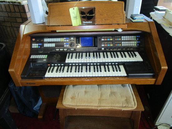 Technics SX-G100 Digital Electric Organ with bench