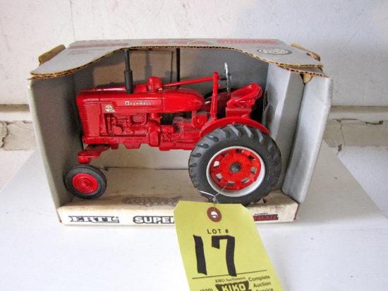 Ertl Farmall Super M-TA Special Edition Tractor