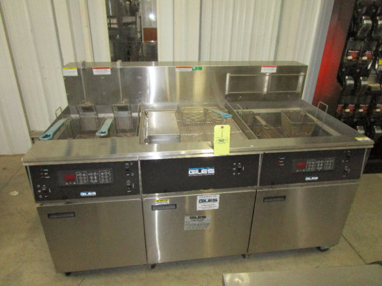 Giles Double Bank Fryer with Dump Station