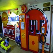 Gasoline Memorabilia 9542