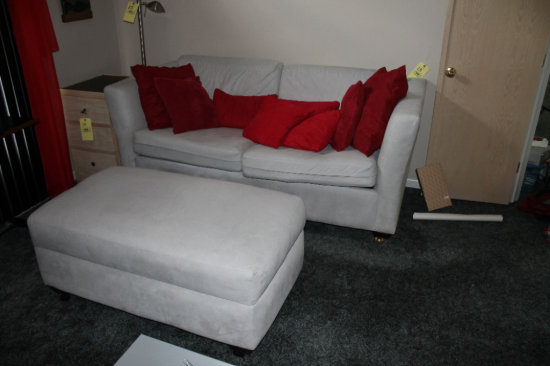 Sofa Express 2-Cushion Tan Sleeper Sofa