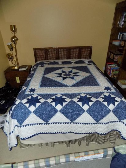 Amish-made star pattern quilt