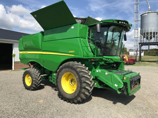 2012-ONE OWNER J.D. S660 COMBINE
