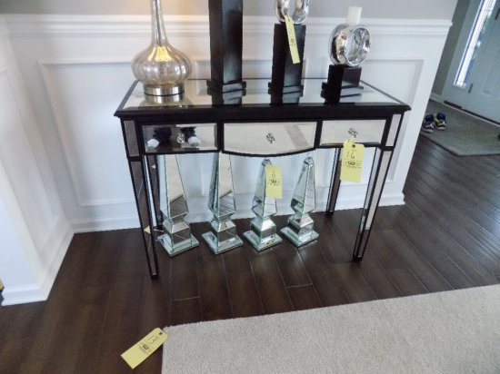 Coaster mirrored side table