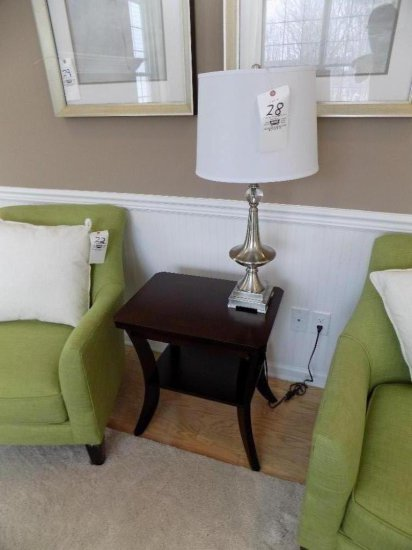 Coaster End Table with Table Lamp